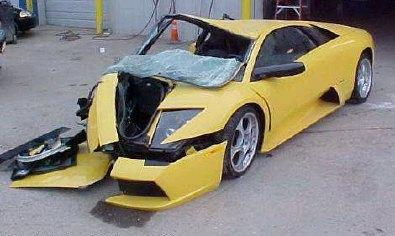 lambo_crash.jpg