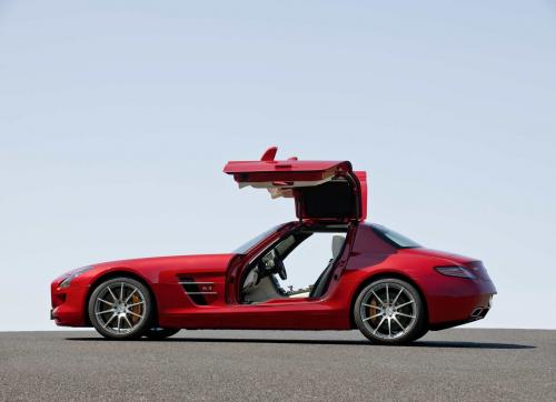 mb-sls-amg-gullwing-large_11.jpg