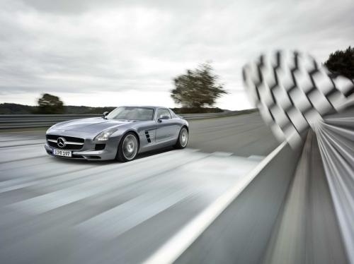 mb-sls-amg-gullwing-large_13.jpg