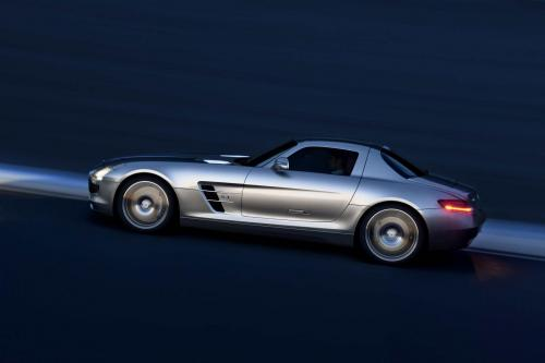 mb-sls-amg-gullwing-large_15.jpg
