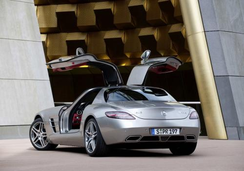 mb-sls-amg-gullwing-large_17.jpg
