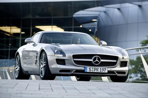 mb-sls-amg-gullwing-large_18.jpg