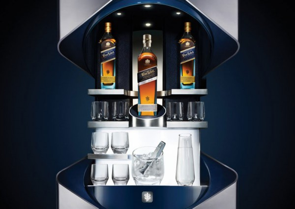 Johnnie-Walker-Blue-Label-Collection-By-Porsche-Design-Studio-3-600x424.jpg