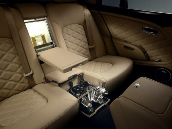 2013-bentley-mulsanne-mulliner-driving-specification_100383147_m.jpg
