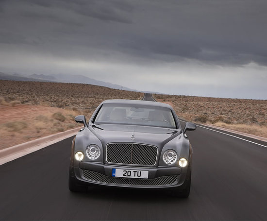 Bentley_Mulsanne_Mulliner_Driving_Specification_1-thumb-550x455.jpg