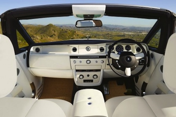 2013-Rolls-Royce-Phantom-Convertible-6-500x3331.jpg