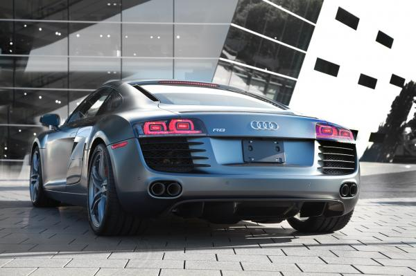 2012_Audi_R8_Exclusive_Selection_Editions_3.jpg