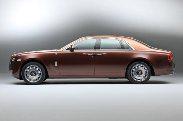 rolls-royce-one-thousand-and-one-nights-bespoke-ghost-collection-03.jpg