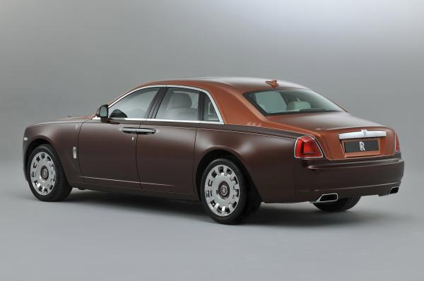 rolls-royce-one-thousand-and-one-nights-bespoke-ghost-collection-04.jpg