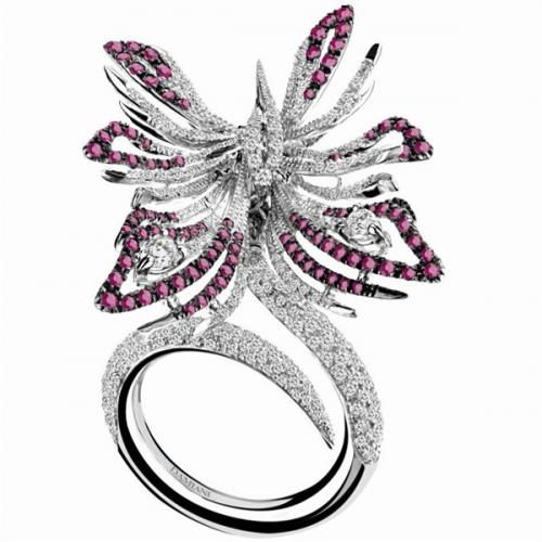 playful-flutter-damiani-butterfly-masterpiece-collection_3.jpg
